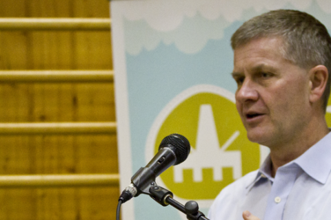 We participate in the dialogue with the head of UN Environment, Erik Solheim